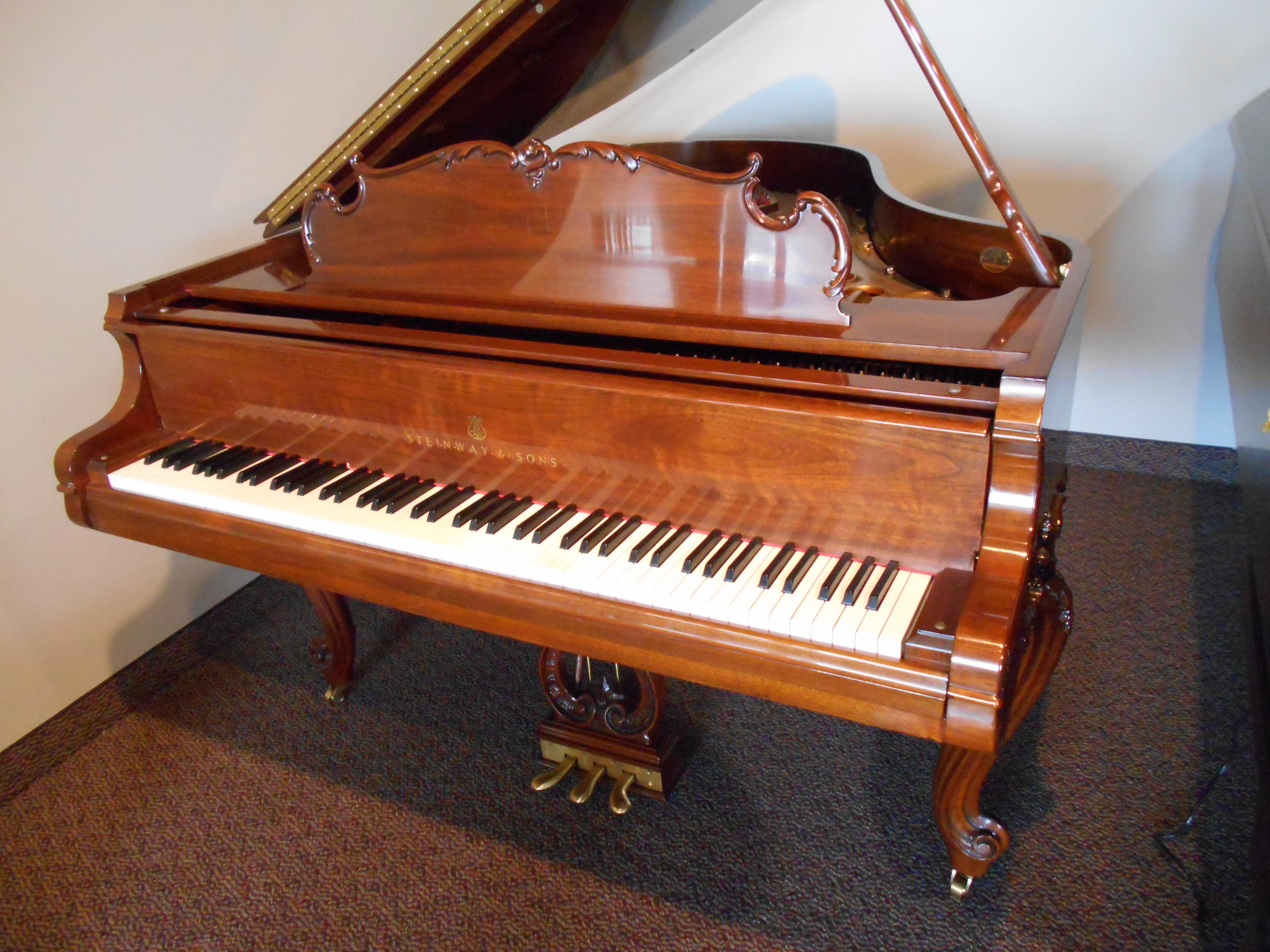 Used Steinway M 501 Louis Xv 5 7 Walnut Grand Piano