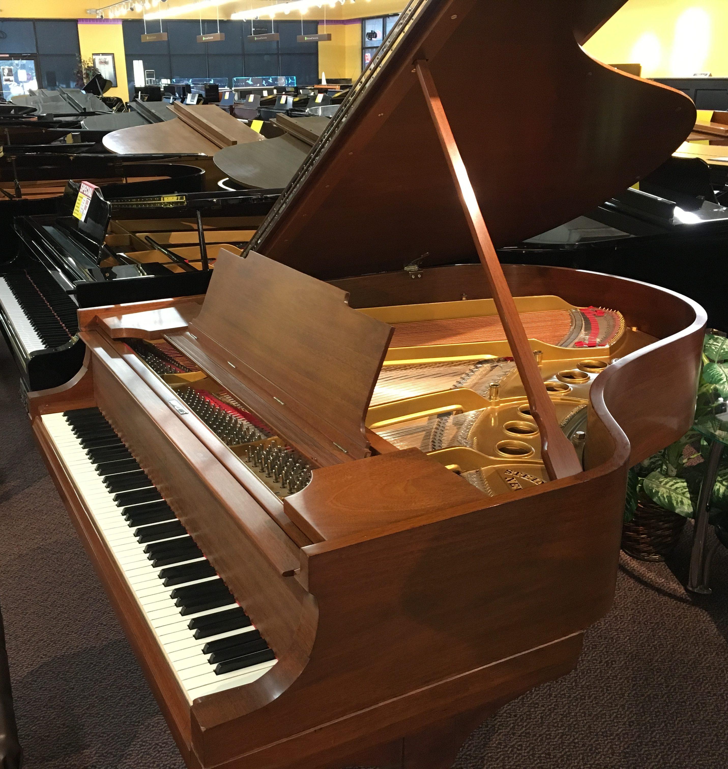 Used Steinway Model M 1922 Walnut Satin Grand Piano For Sale