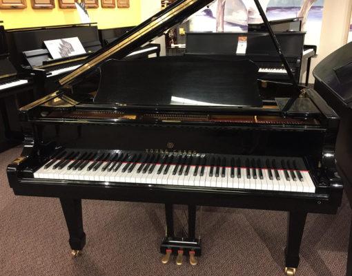 "Used Young Chang 5'9"" Ebony Polish Grand Piano"