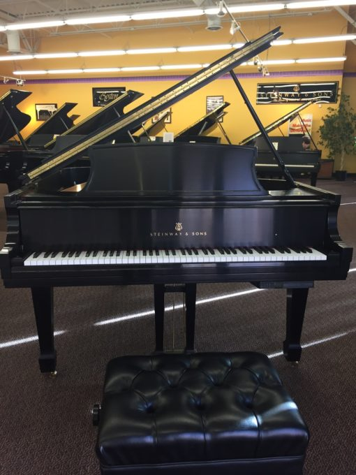 Used Steinway Model L Ebony Satin Grand Piano