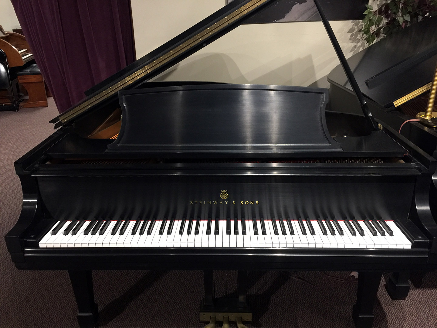 Used Steinway L 1976 Grand Piano