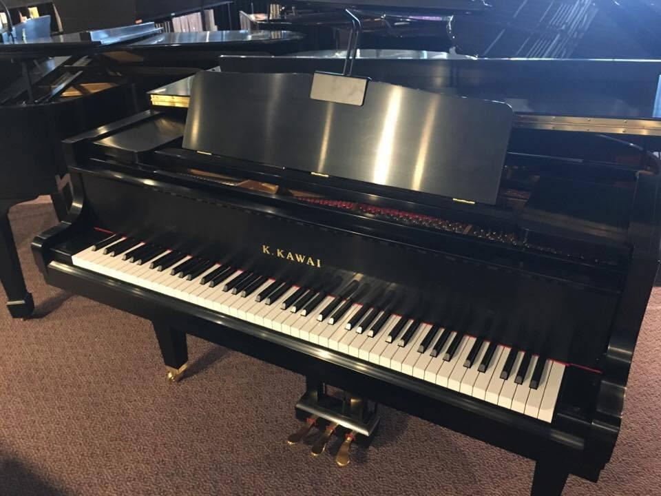 Used Kawai GM10K Ebony Satin Grand Piano