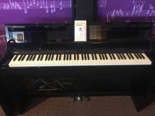 Used Roland DP90 Digital Upright Piano