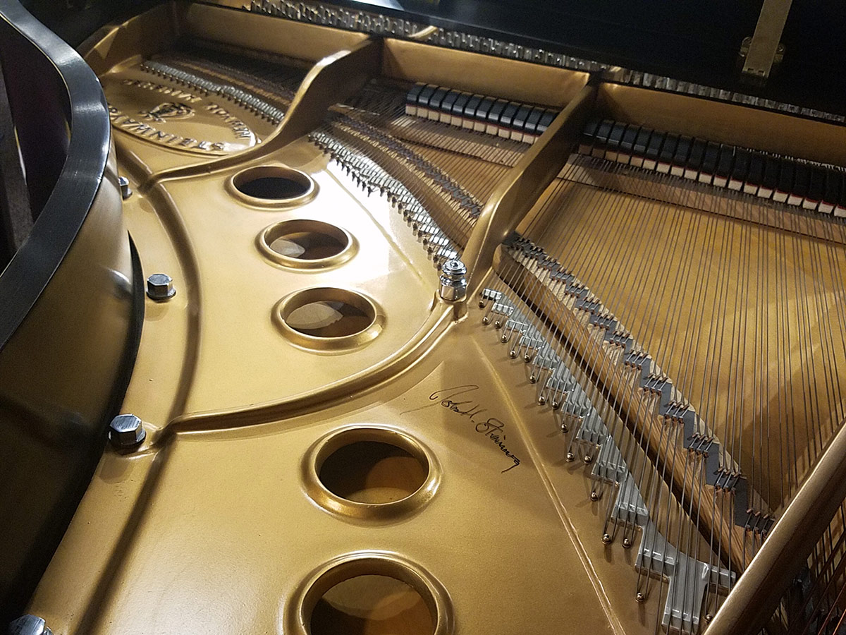 Used Steinway Model M Grand Piano