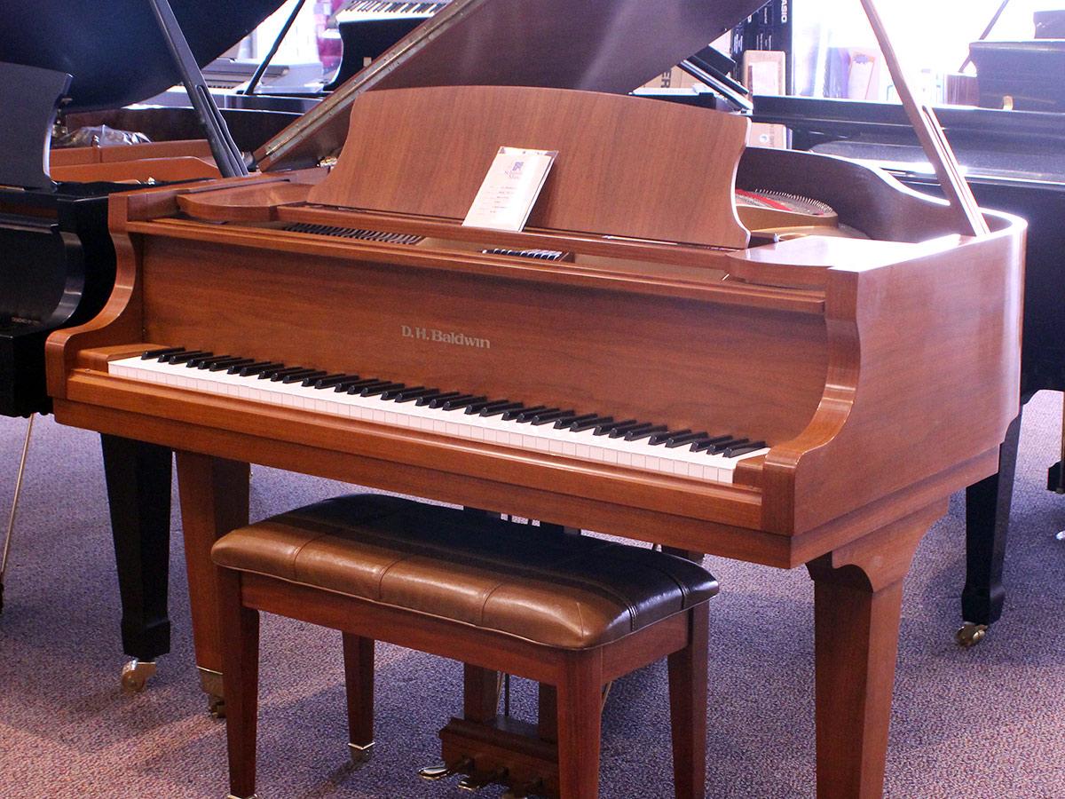 Used D. H. Baldwin 2006 Grand Piano