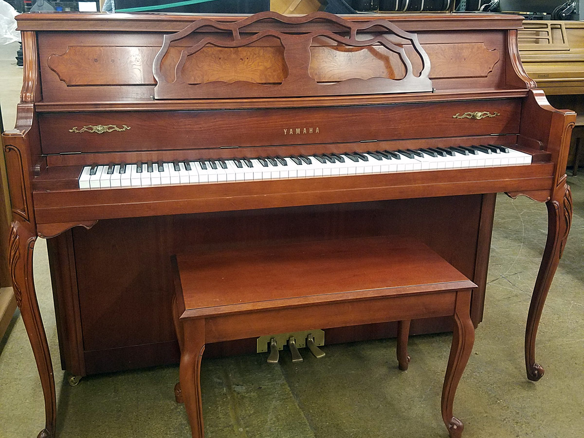 Used yamaha m500 cherry upright piano schmitt music for Used yamaha pianos for sale