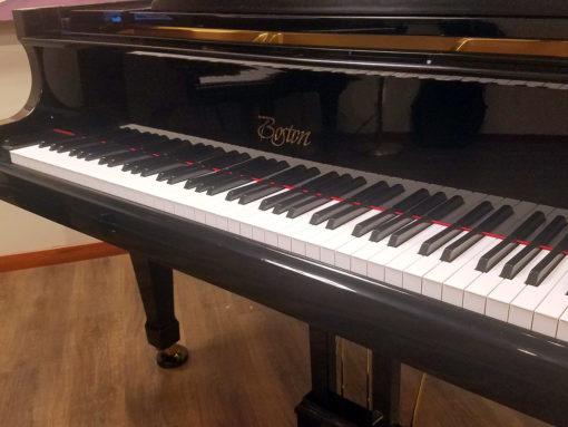 "Used Boston GP-156 5'1"" Ebony Polish Grand Piano"