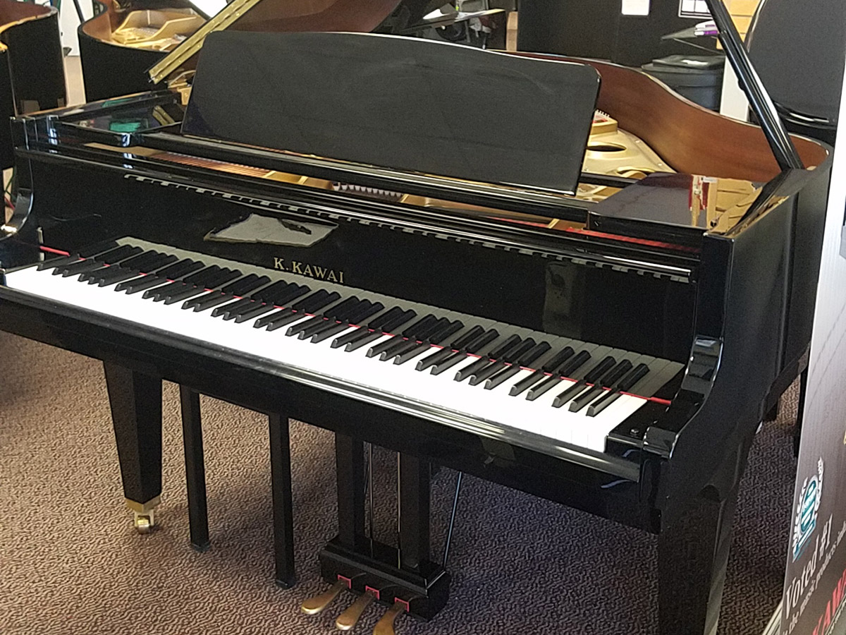 "Used Kawai GE20 5'2"" Ebony Polish Grand Piano"