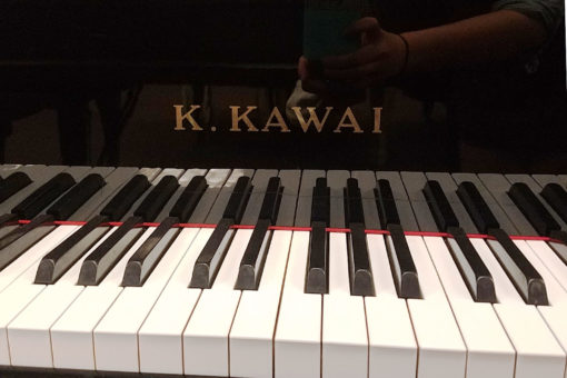 "Used Kawai KG2A Ebony Polish 5'10"" Grand Piano"