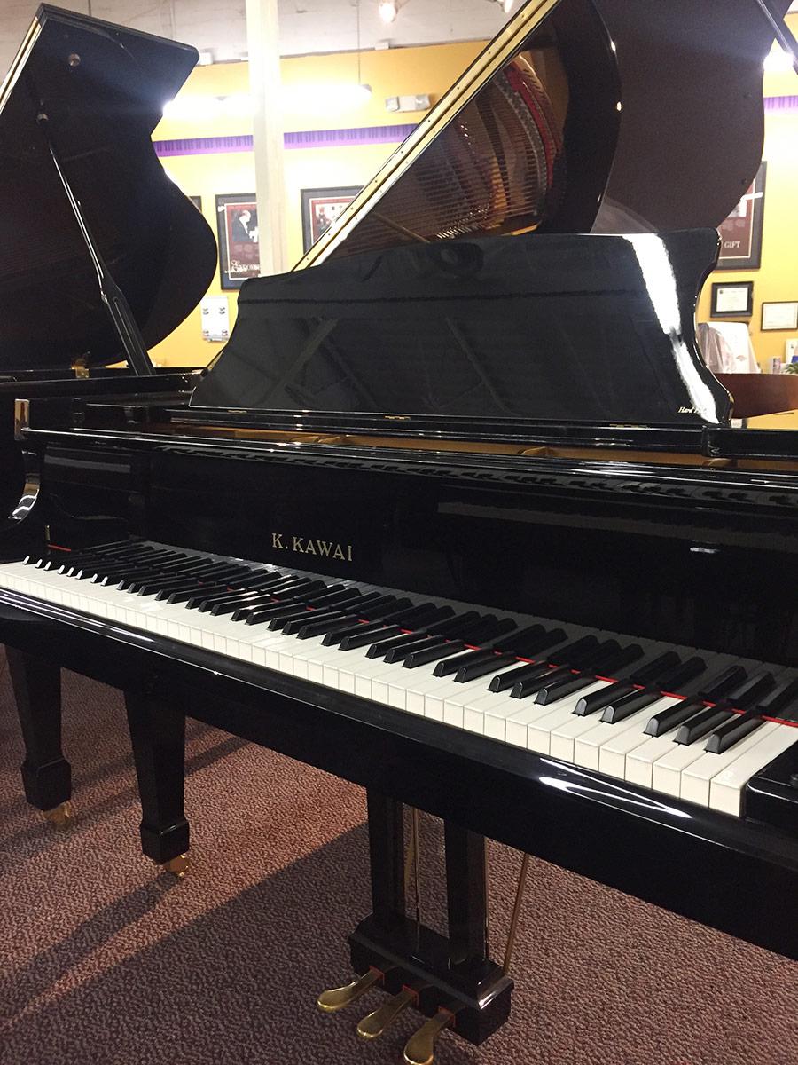 """Used Kawai RX3 2007 6'1"""" Ebony Polish Grand Piano"""