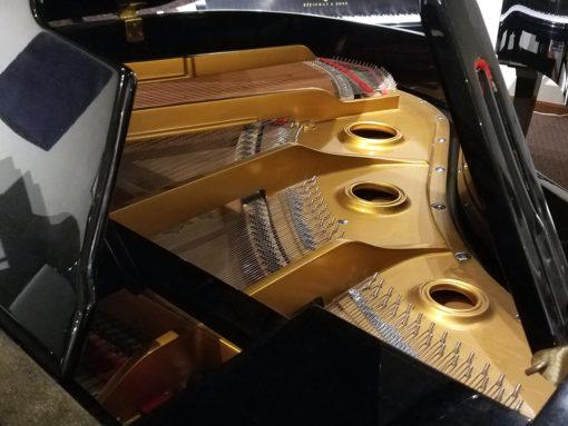 "Used Wurlitzer G-452 5'2"" Ebony Polish Grand Piano"
