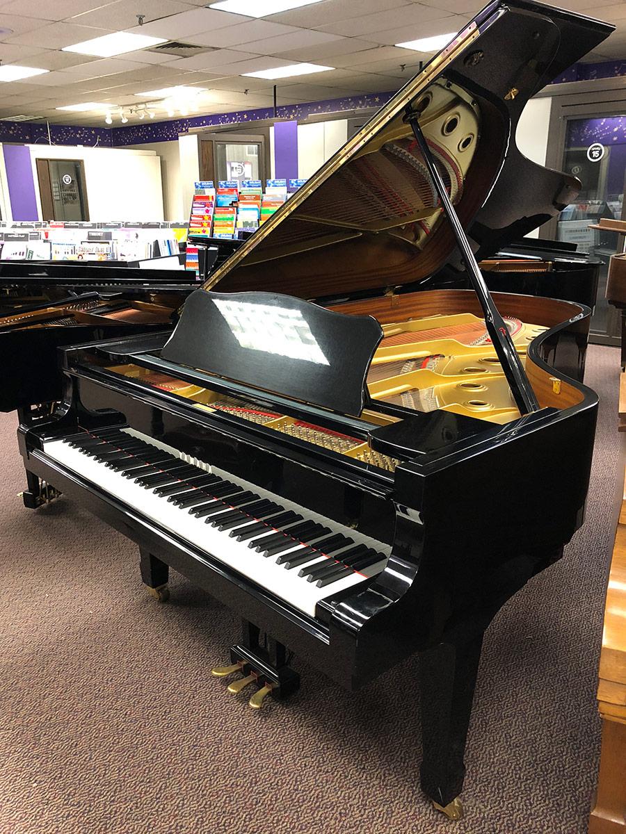 "Used Yamaha C7 7'6"" Ebony Polish Grand Piano"