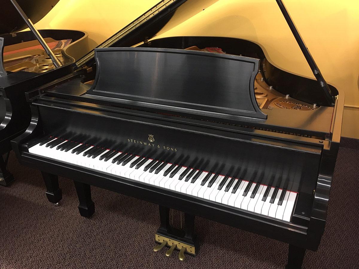 """Used Steinway L 1998 5'11"""" Ebony Satin Grand Piano"""
