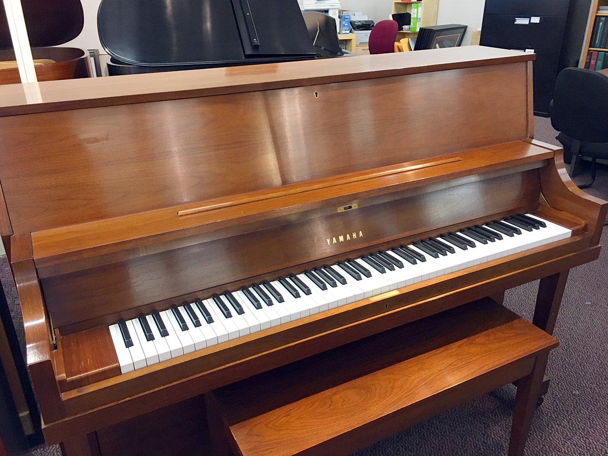 used yamaha p22 45 satin walnut upright piano sold schmitt music. Black Bedroom Furniture Sets. Home Design Ideas